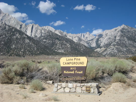 halloween camping: Lone Pine