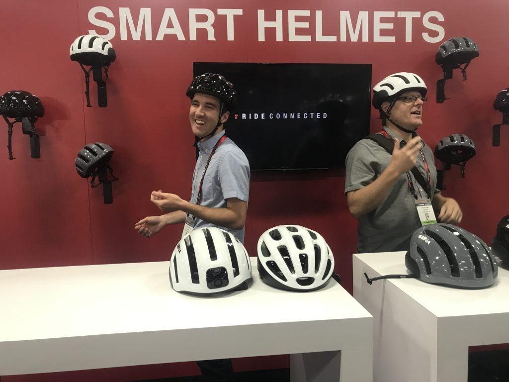 smart helmet display