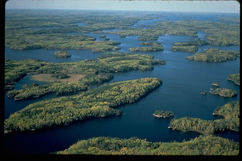 Voyageurs national park volunteer