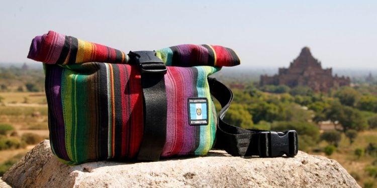 cyclo travel sling bag rock desert