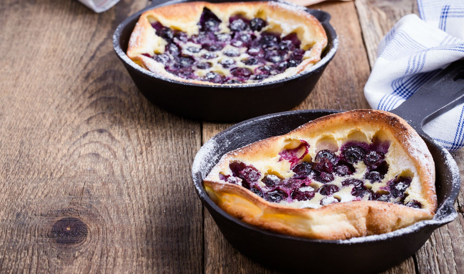 Campground Recipes You Ll Devour These 6 Dutch Oven Desserts