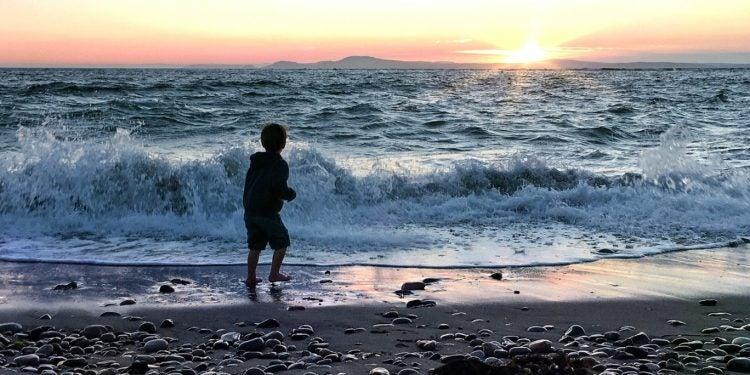 beach sunset at deception pass state park