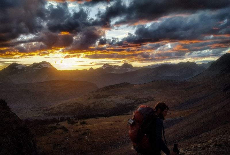thru hiking the cdt at sunset