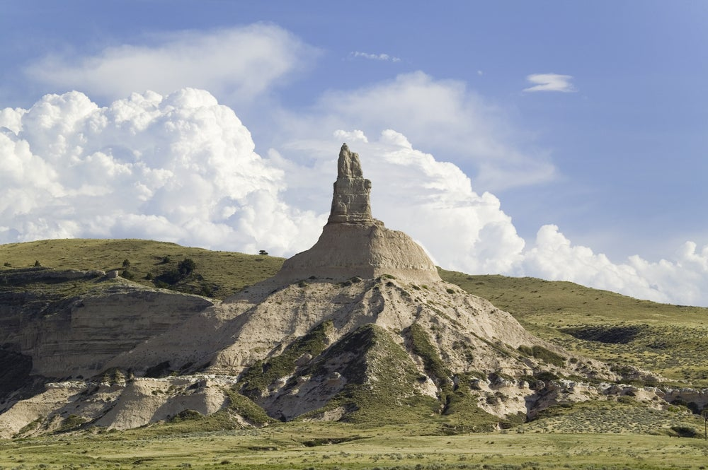 chimney rock off of the oregon trail