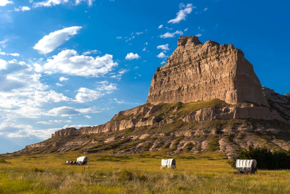 scotts bluff monuments off of the oregon trail