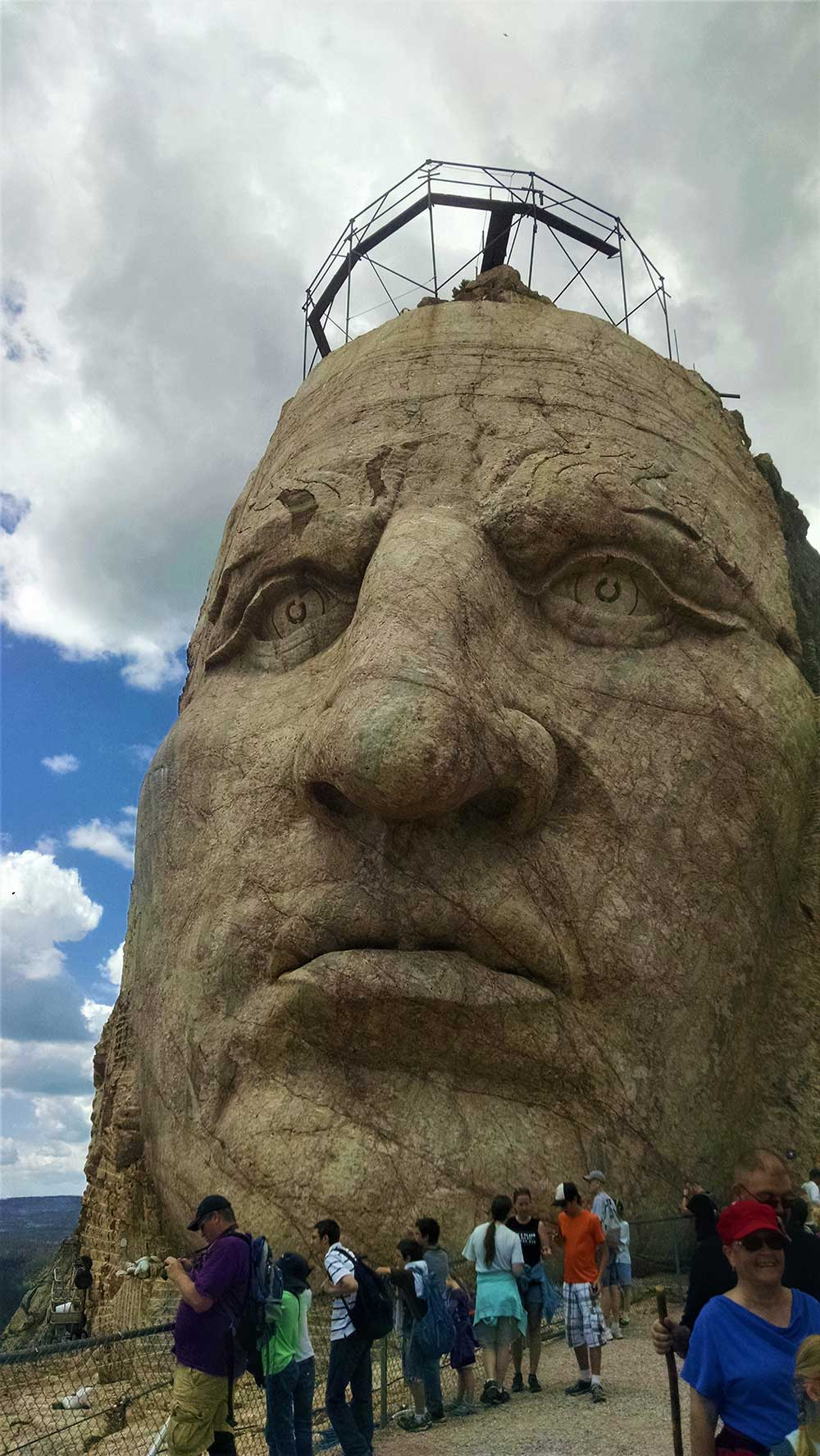 crazy horse volksmarch face