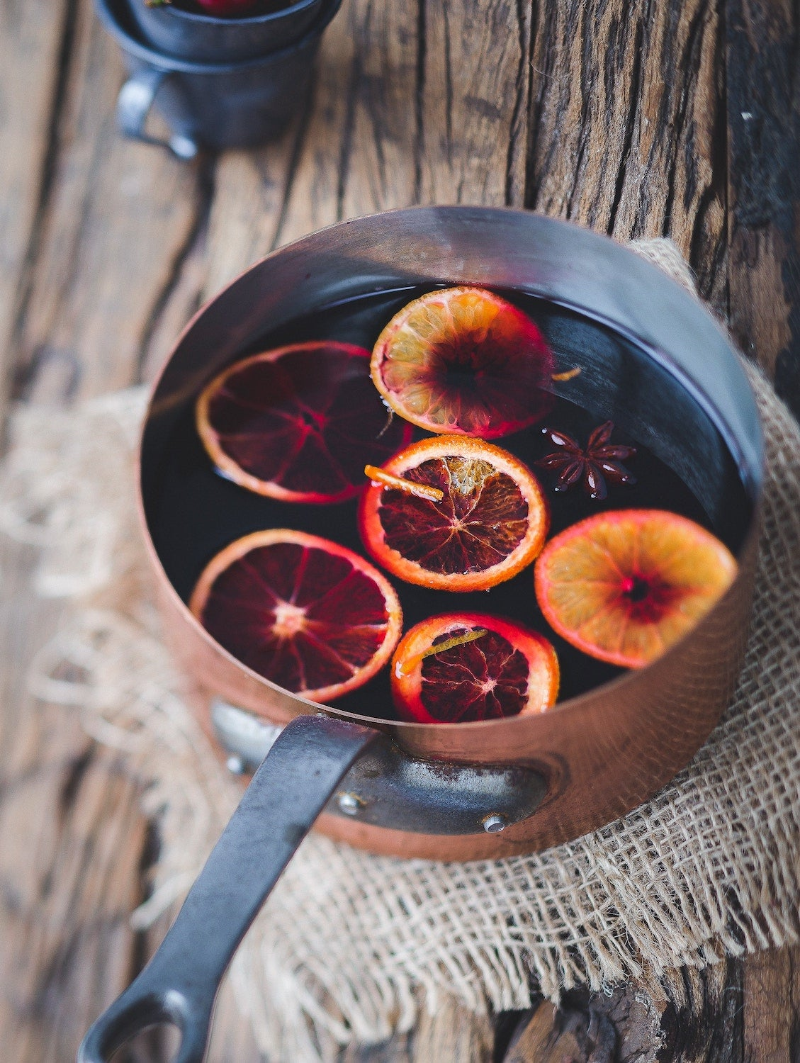 hot cocktails with mulled wine