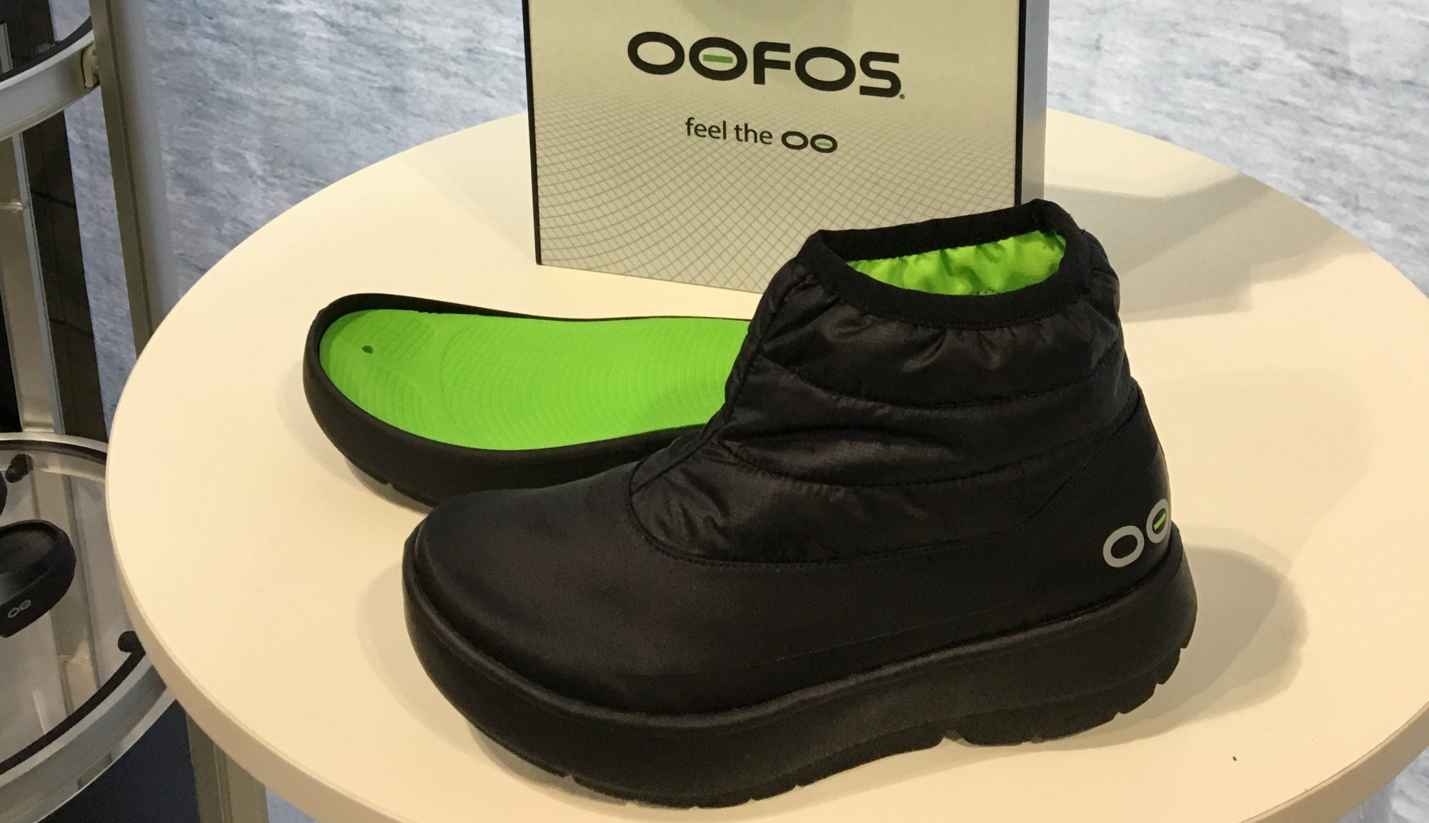 2dbf5248192c Lightweight Winter Boots from OOFOS Will Keep Your Feet Warm   Fuzzy