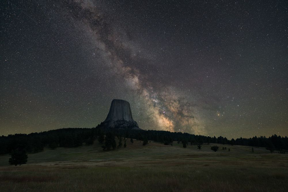 devils tower camping beneath the stars