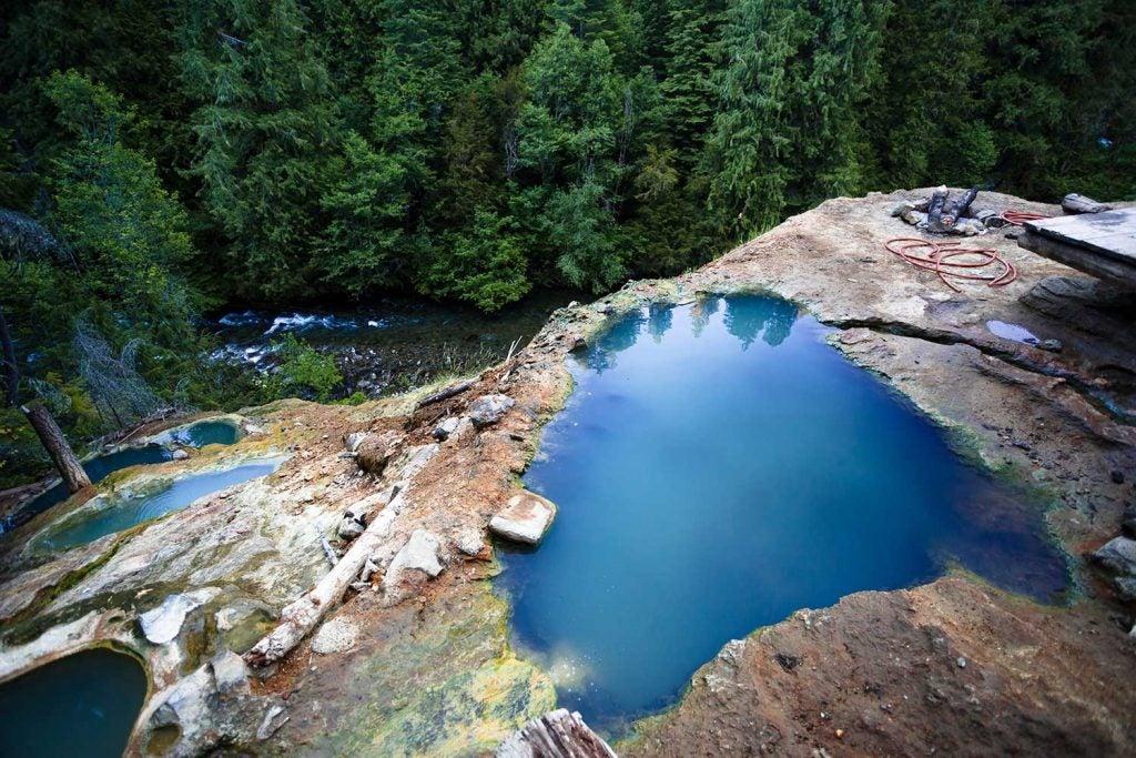 umpqua hot springs from above