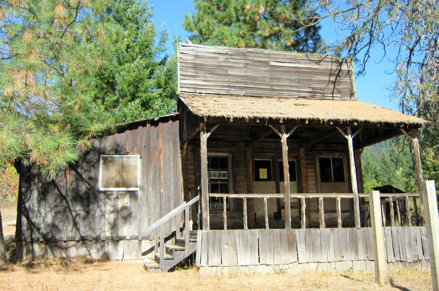 Golden, Oregon - Ghost Towns in Oregon
