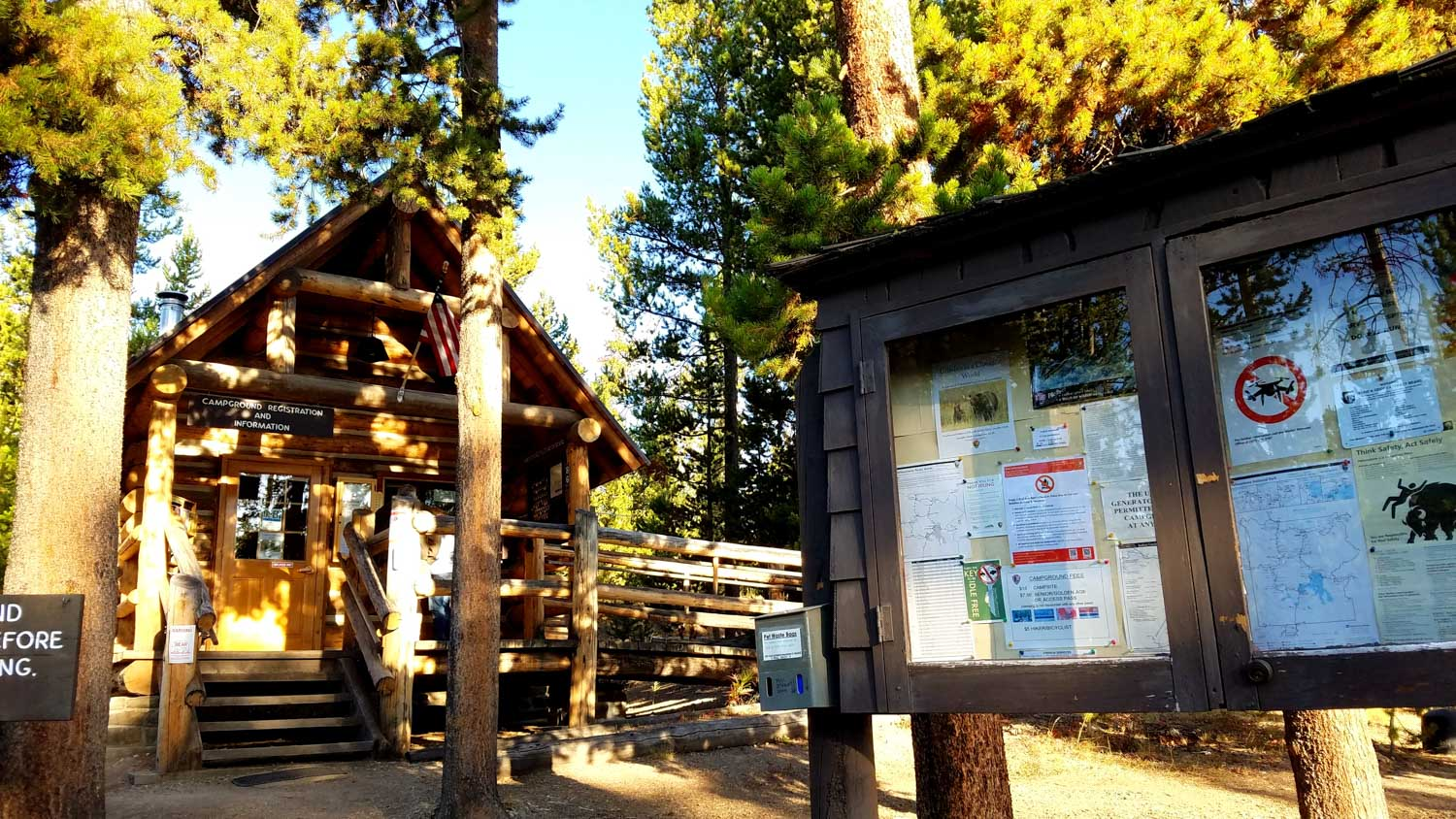 Indian Creek Campground visitor's center in yosemite national park