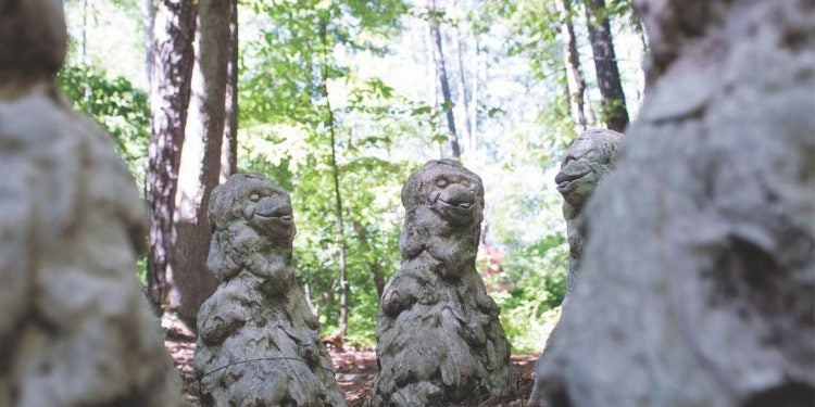 monkey massacre memorial statues in the georgia forest