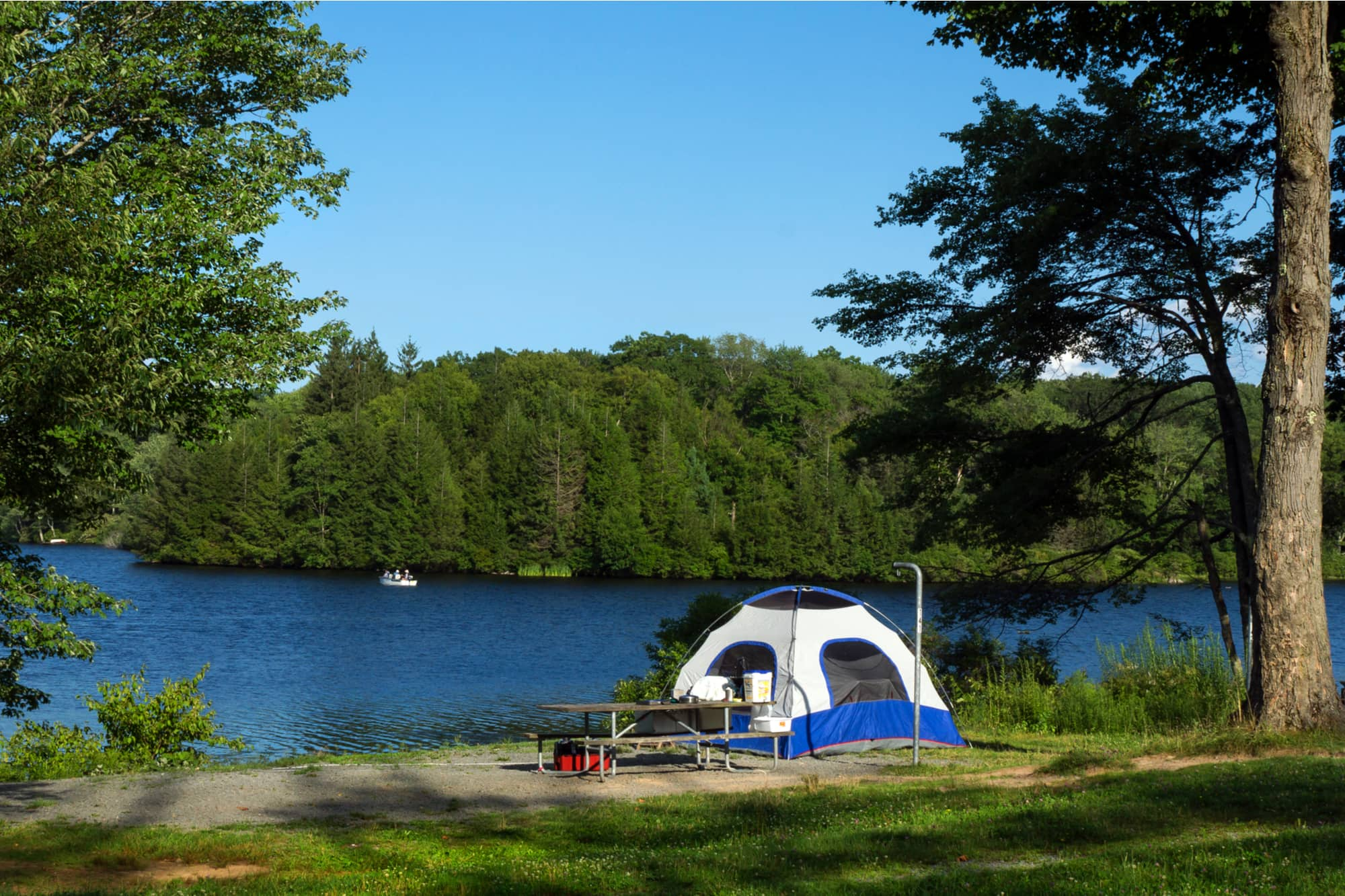 a tent near a river campgrounds in pennsylvania