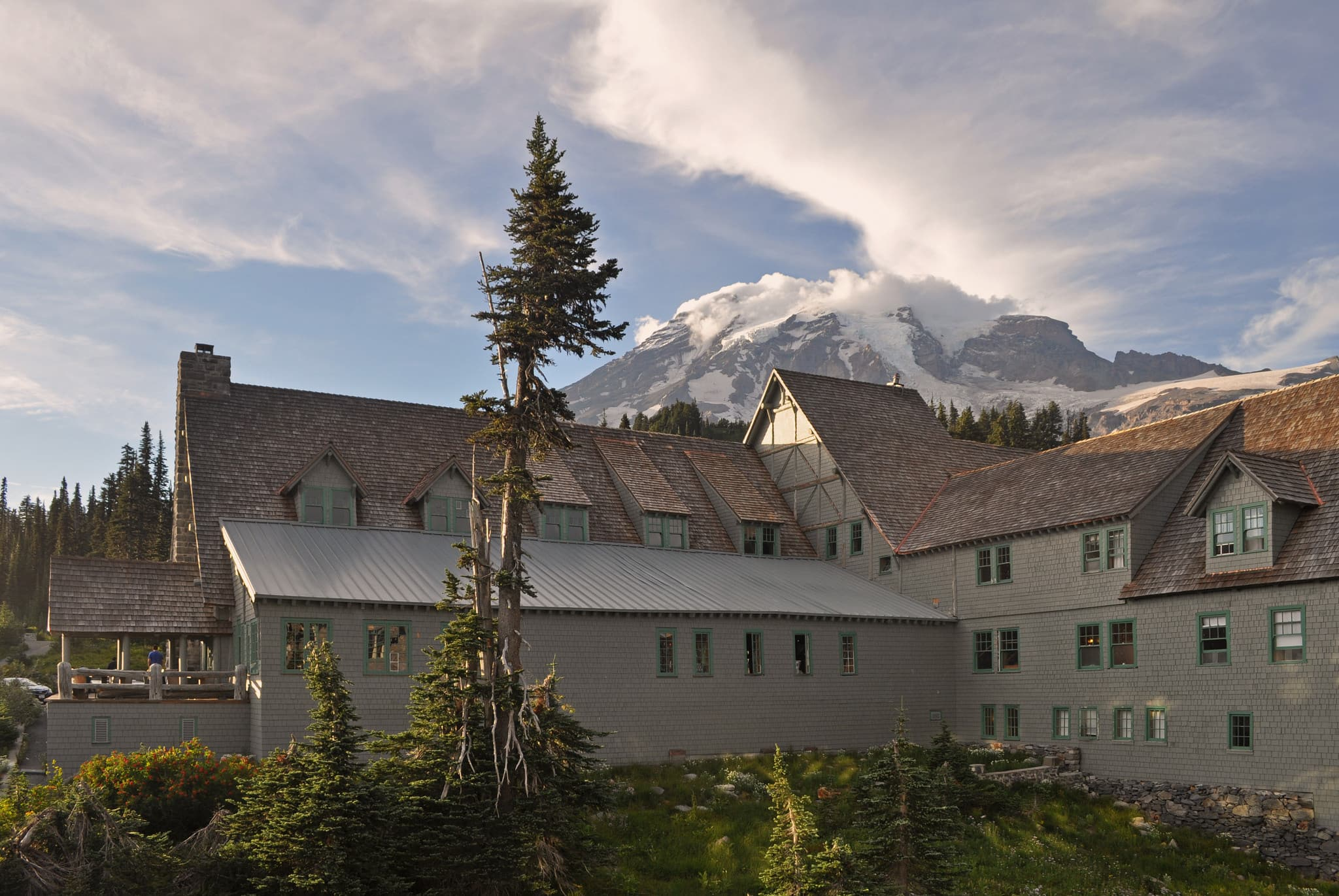 paradise inn national park lodge with mount rainier summit in the background