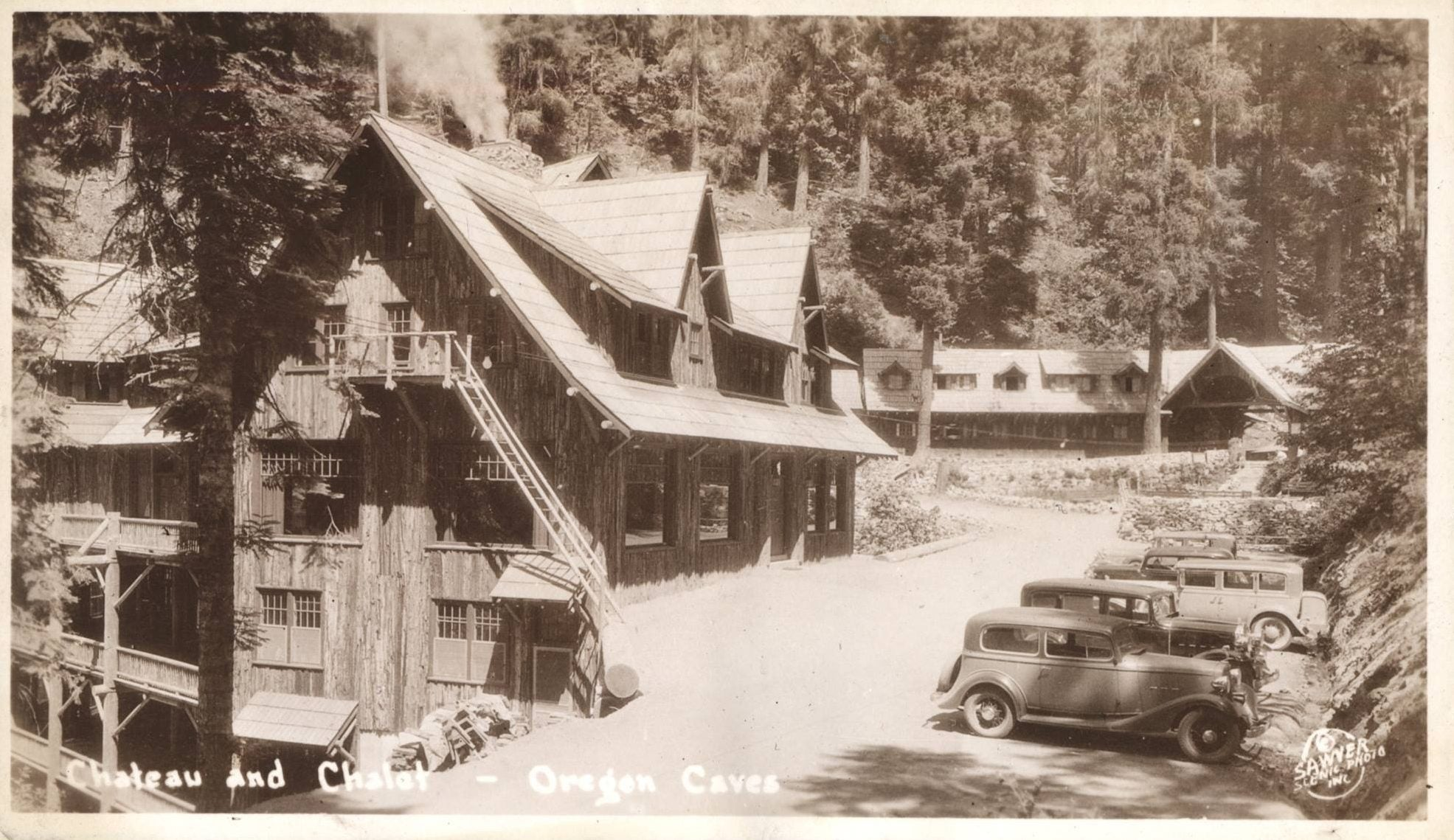 black and white photo of The Chateau at the Oregon Caves circa 1930