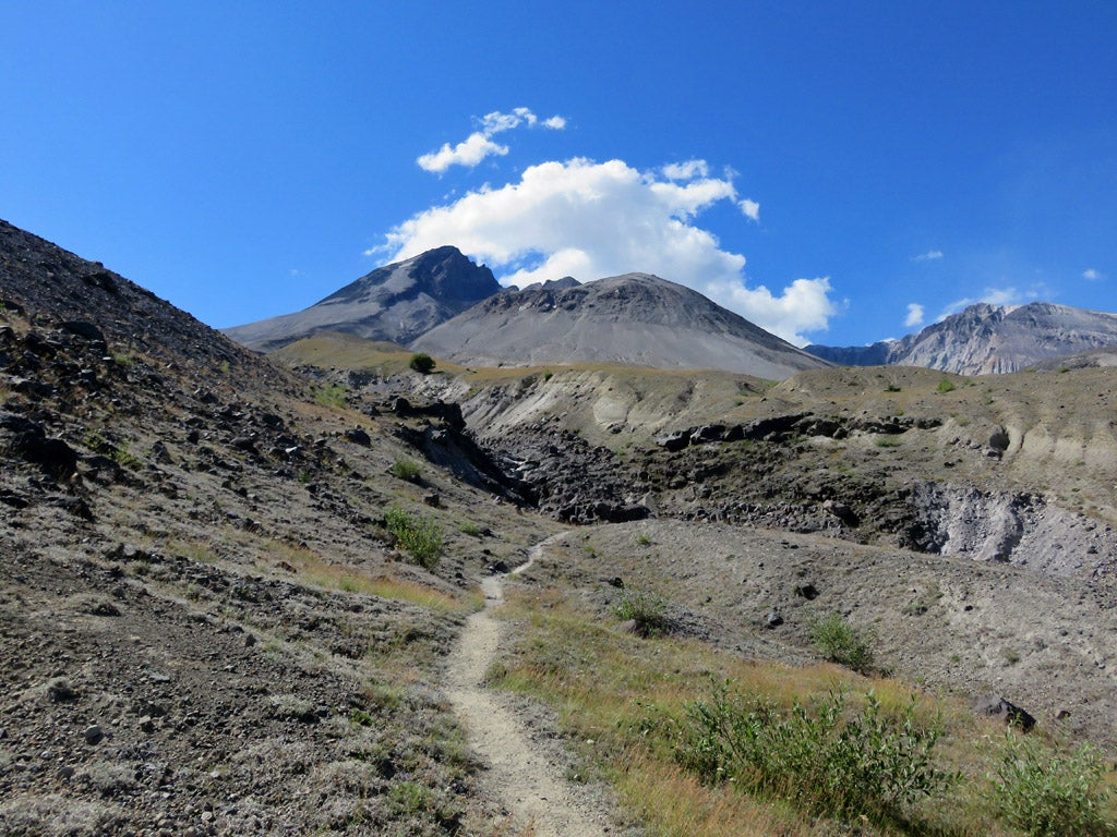 Loowit Trail Thru Hike, Mount St. Helens Hikes