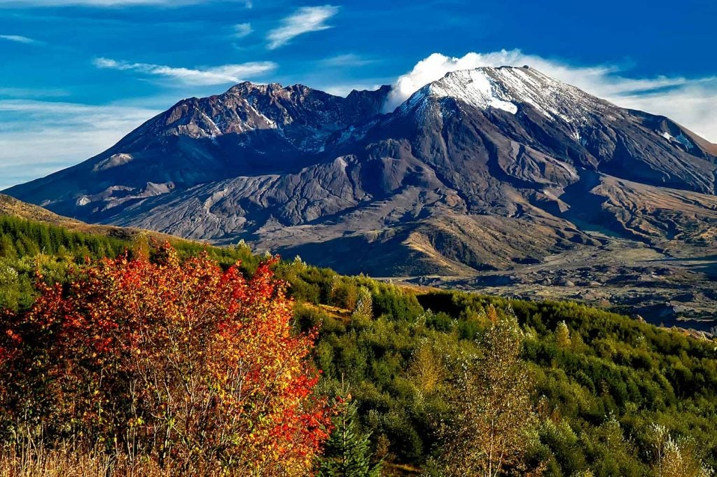 Mount St. Helens, Washington - Loowit Trail Guide