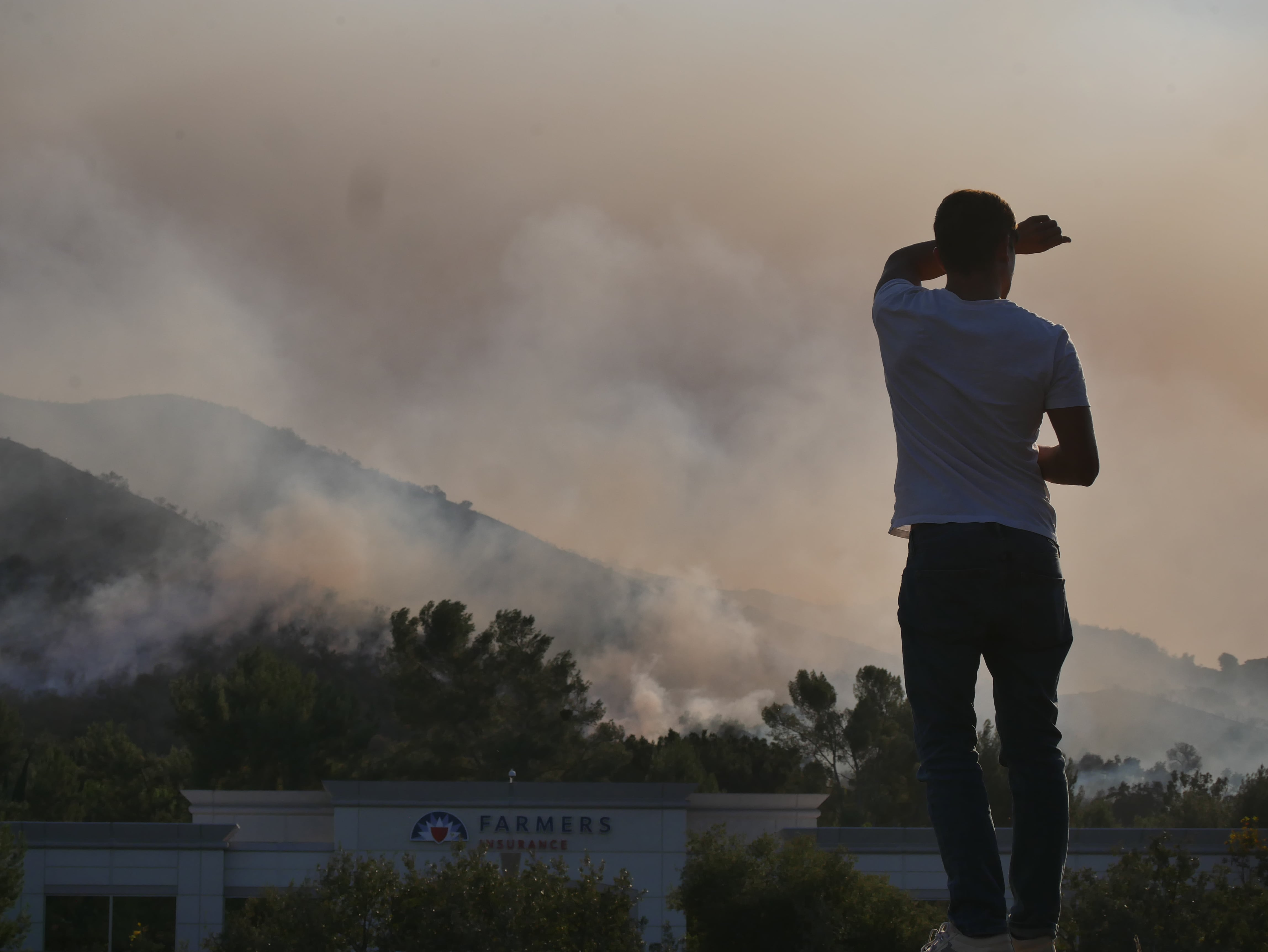 The woolsey fire in Los Angeles County burns near an urban center. Get the full california state park closure list from The Dyrt 's California state park closure list.