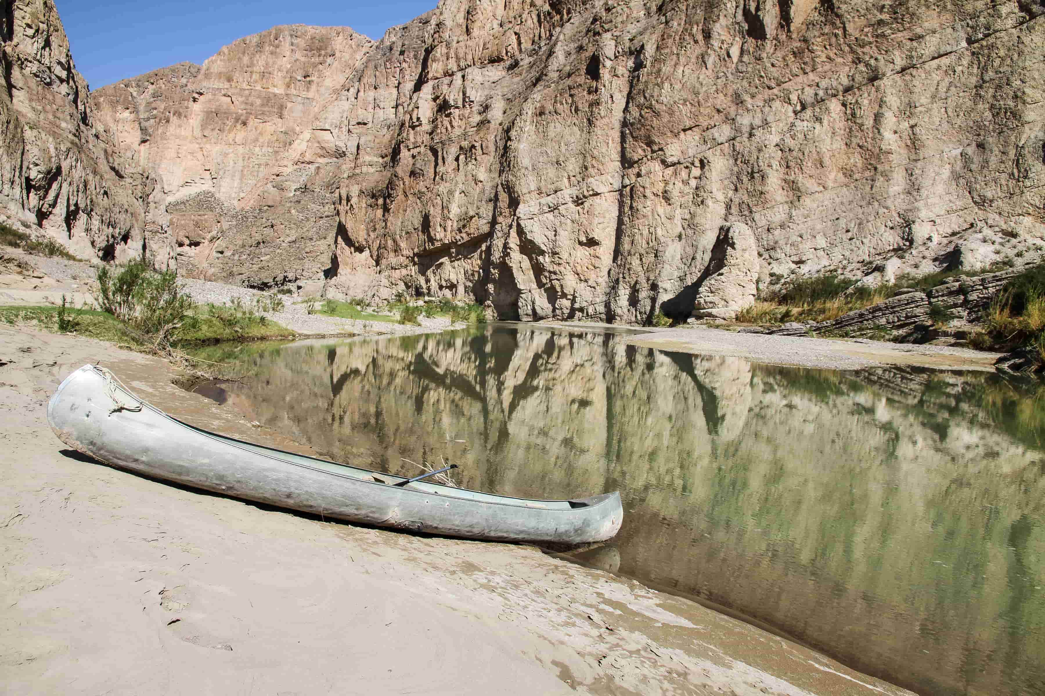 canoe on the river banks in big bend national park