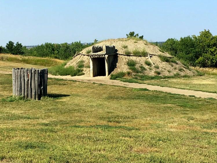 north dakota fort abraham lincoln state park indian settlement