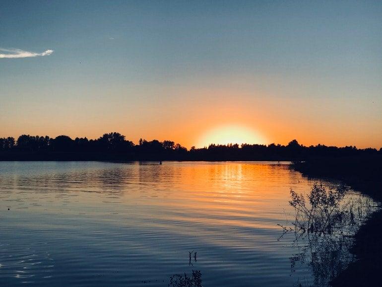 sunset over lake Sakakawea
