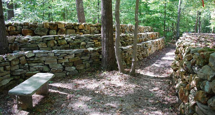 Wichahpi Commemorative Stone Wall along the Natchez Trace Trail