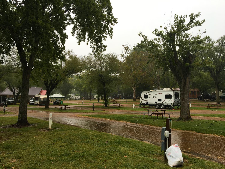 Large pull-thru RV camping sites at Yogi Bear's Jellystone Park near nashville tn