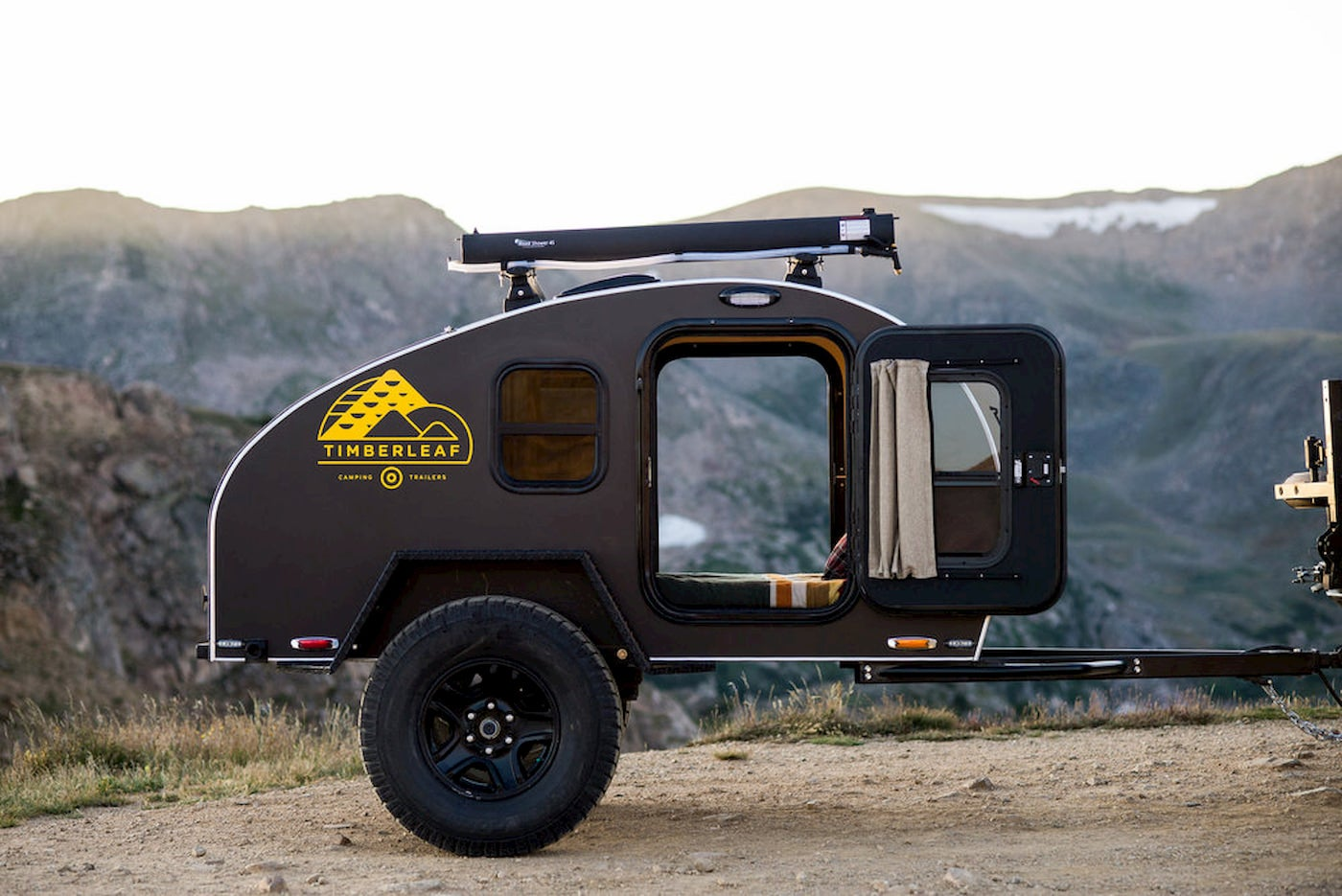 Pika trailer with off road tires