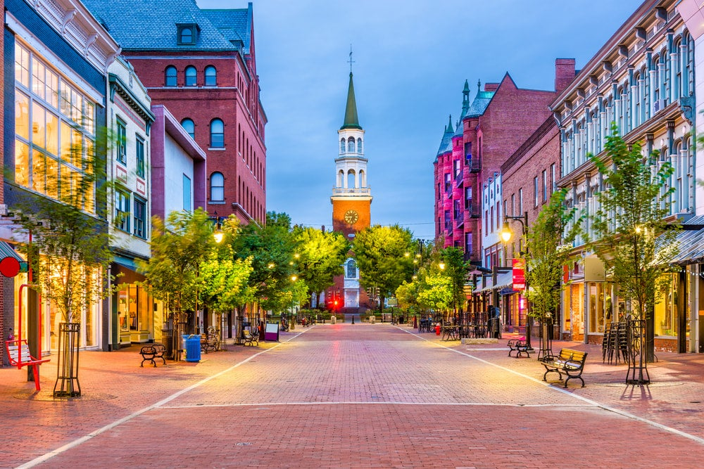 Panoramic view of street in Burlington, Vermont