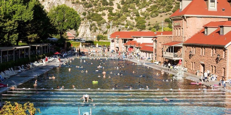 pool at glenwood hot springs