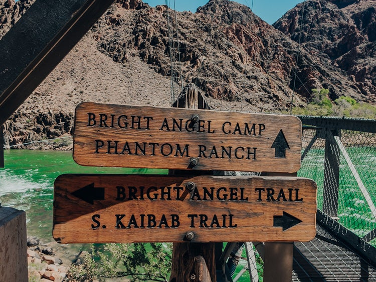grand-canyon-bright-angel-sign