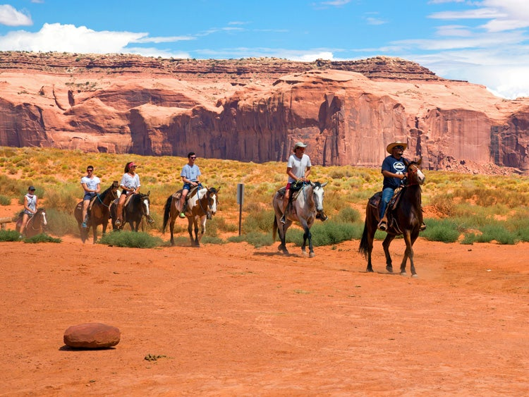 monument valley guided horseback tour