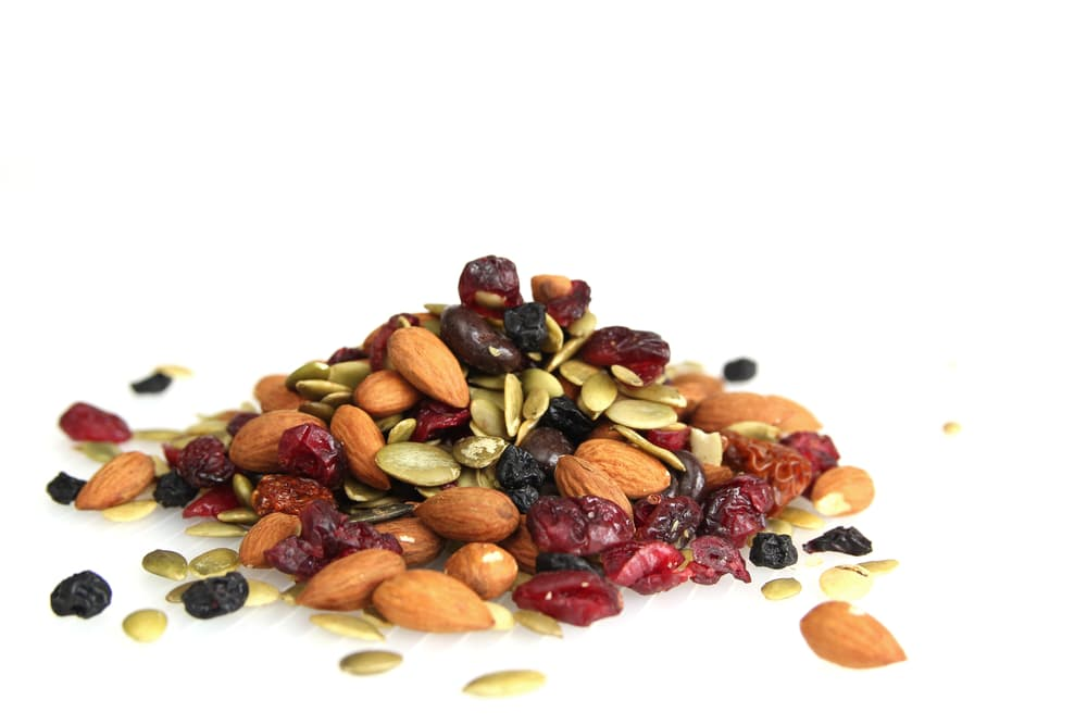 mixed nuts and seeds trail mix