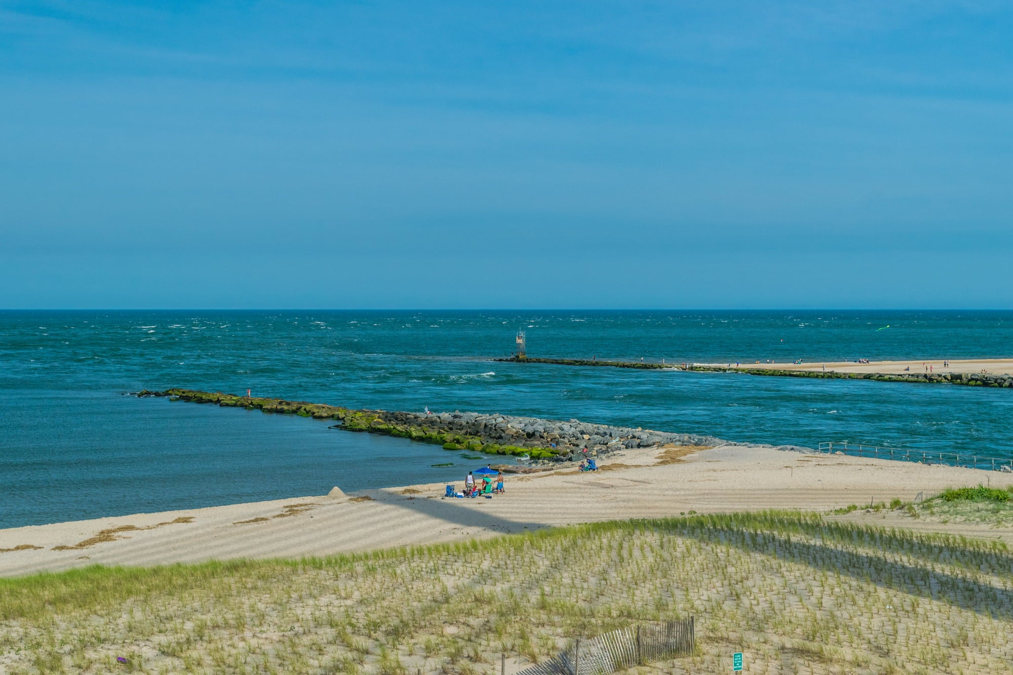 the shore of delaware beach state park in delaware