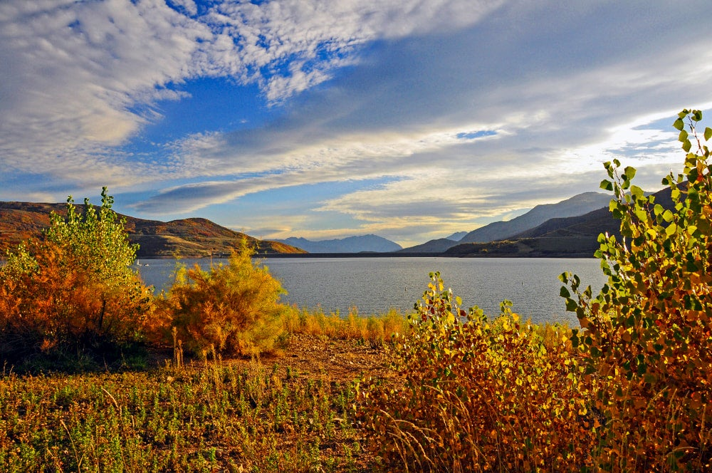 Fall foliage and lake at Jordanelle Reservoir