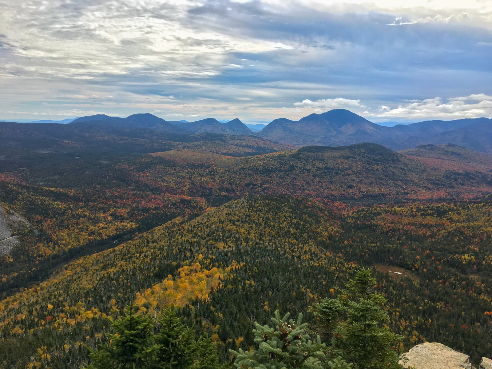 Fall Foliage view from AMC hut in the white mountains.