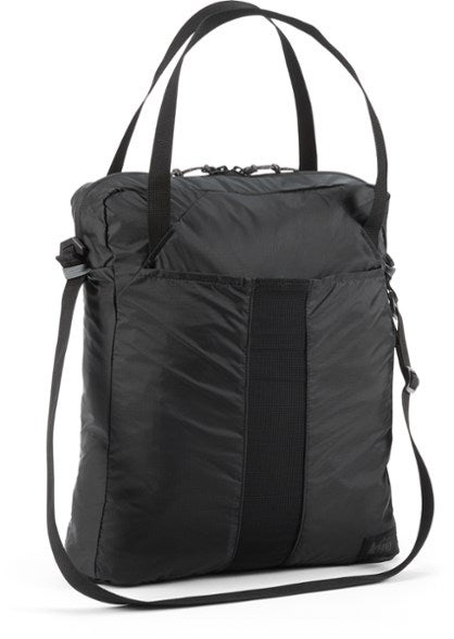 black travel tote
