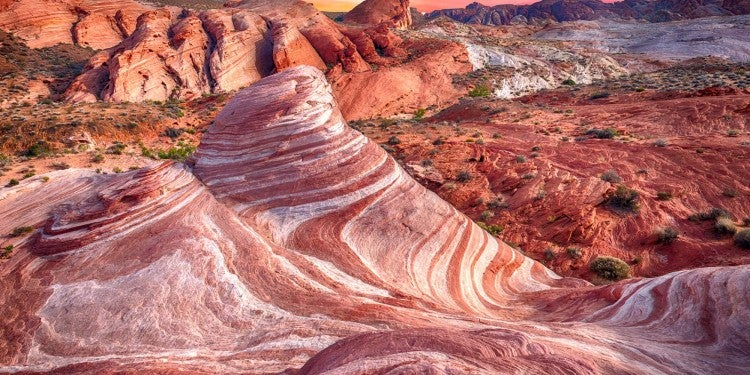 landscape shot of red rocks at valley of fire state park