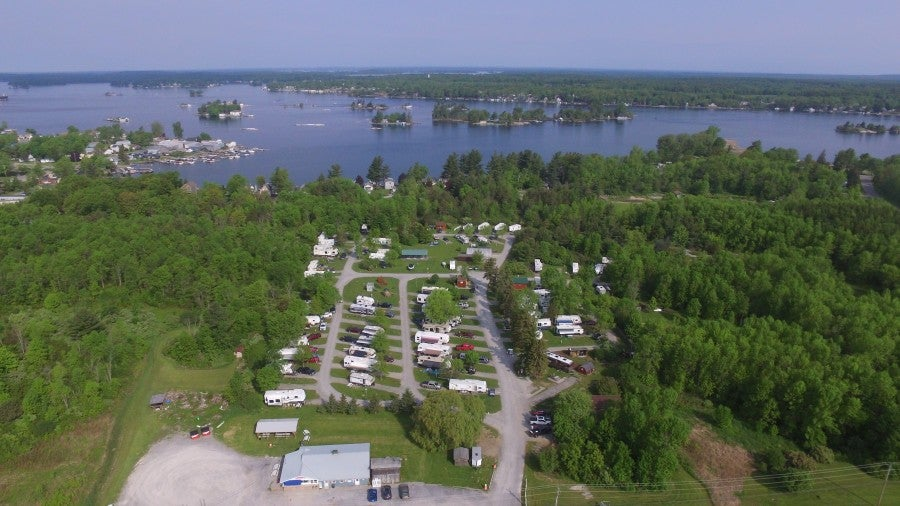 overview picture of 1000 islands campground