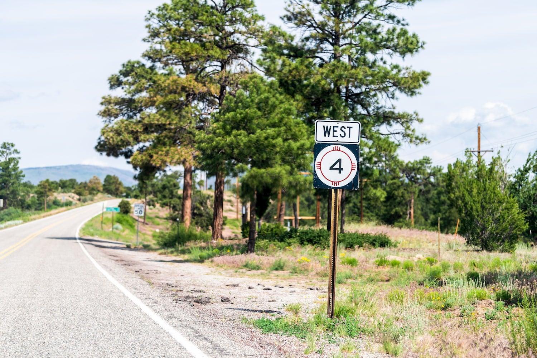 street sign on highway 4
