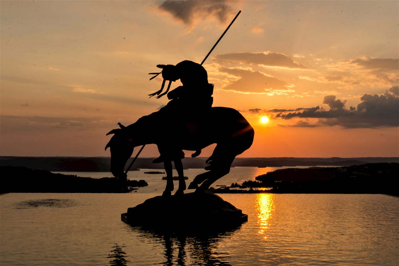 statue at table rock lake
