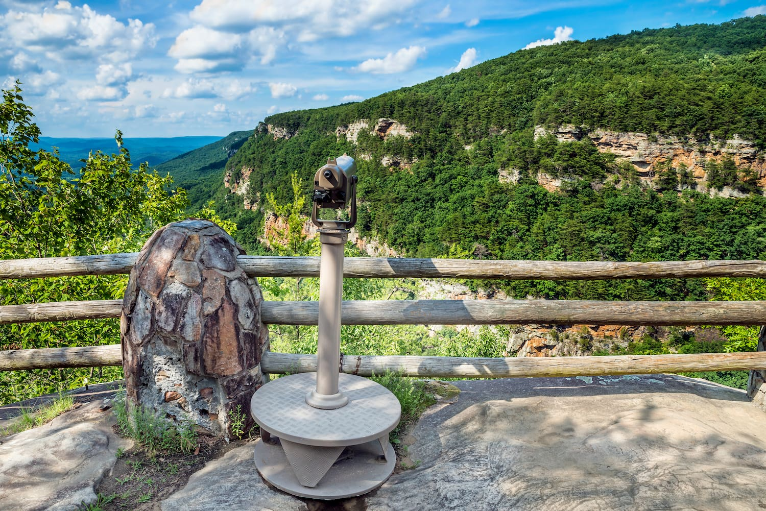 binoculars at cloudland canyon state park