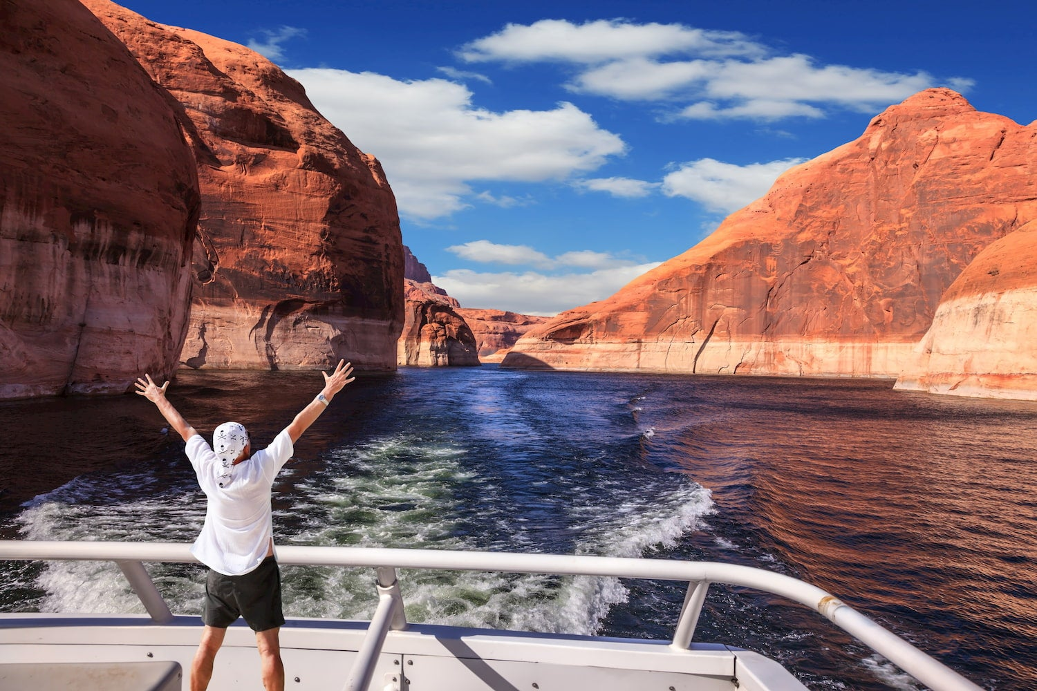Here's Why Lake Powell Is Utah's Best Getaway