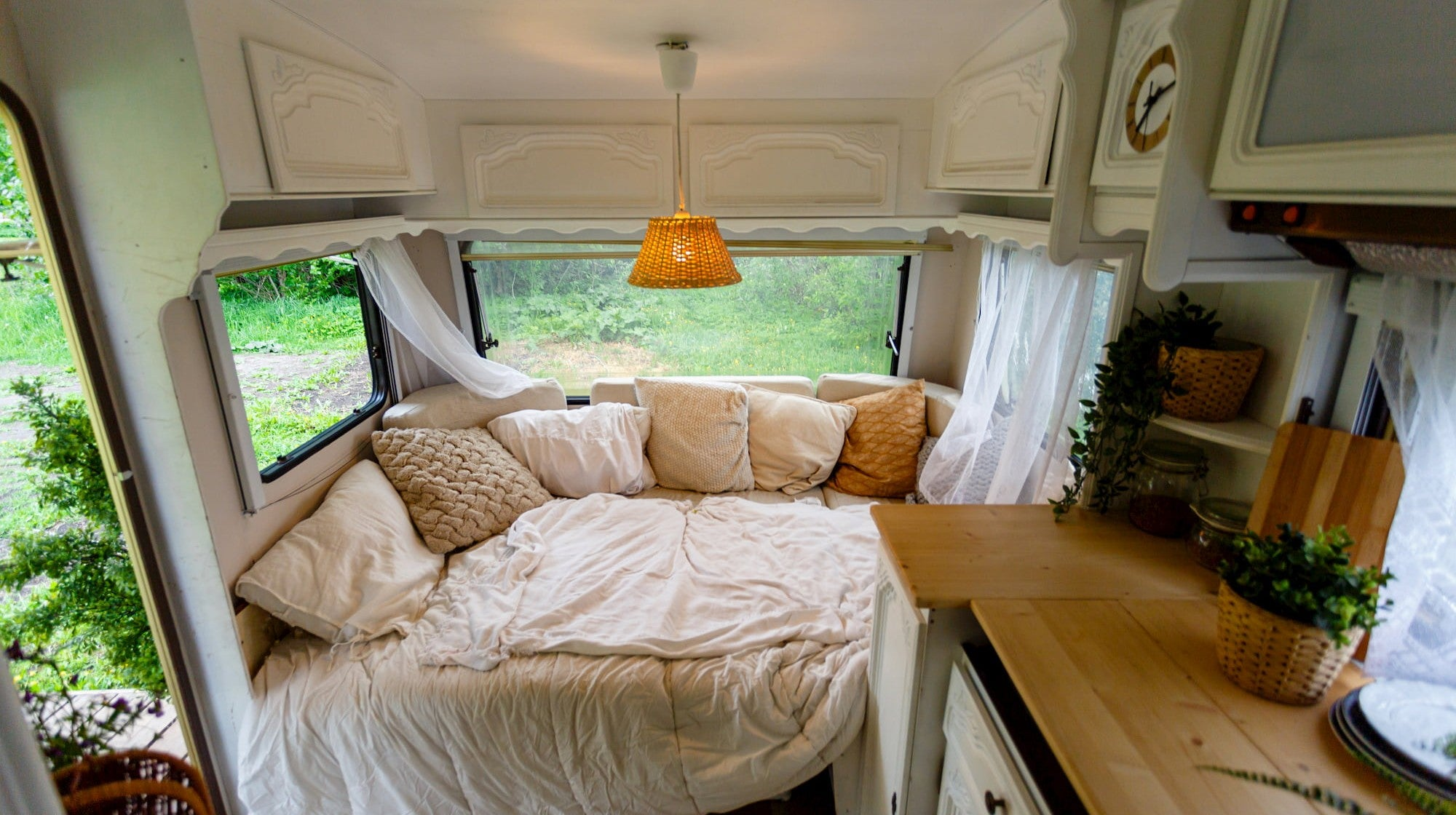 Rv Furniture Tips And Ideas For Rvs And Travel Trailers