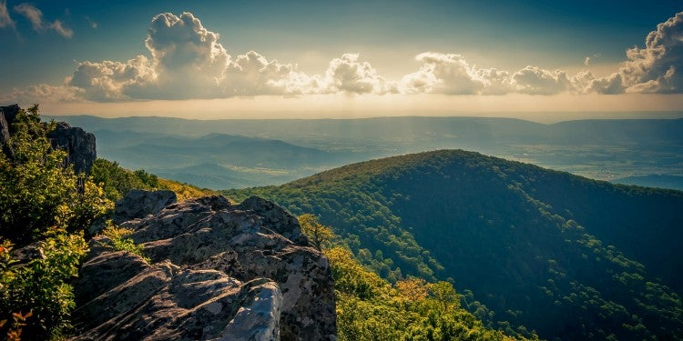 hawksbill summit in Shenandoah national park