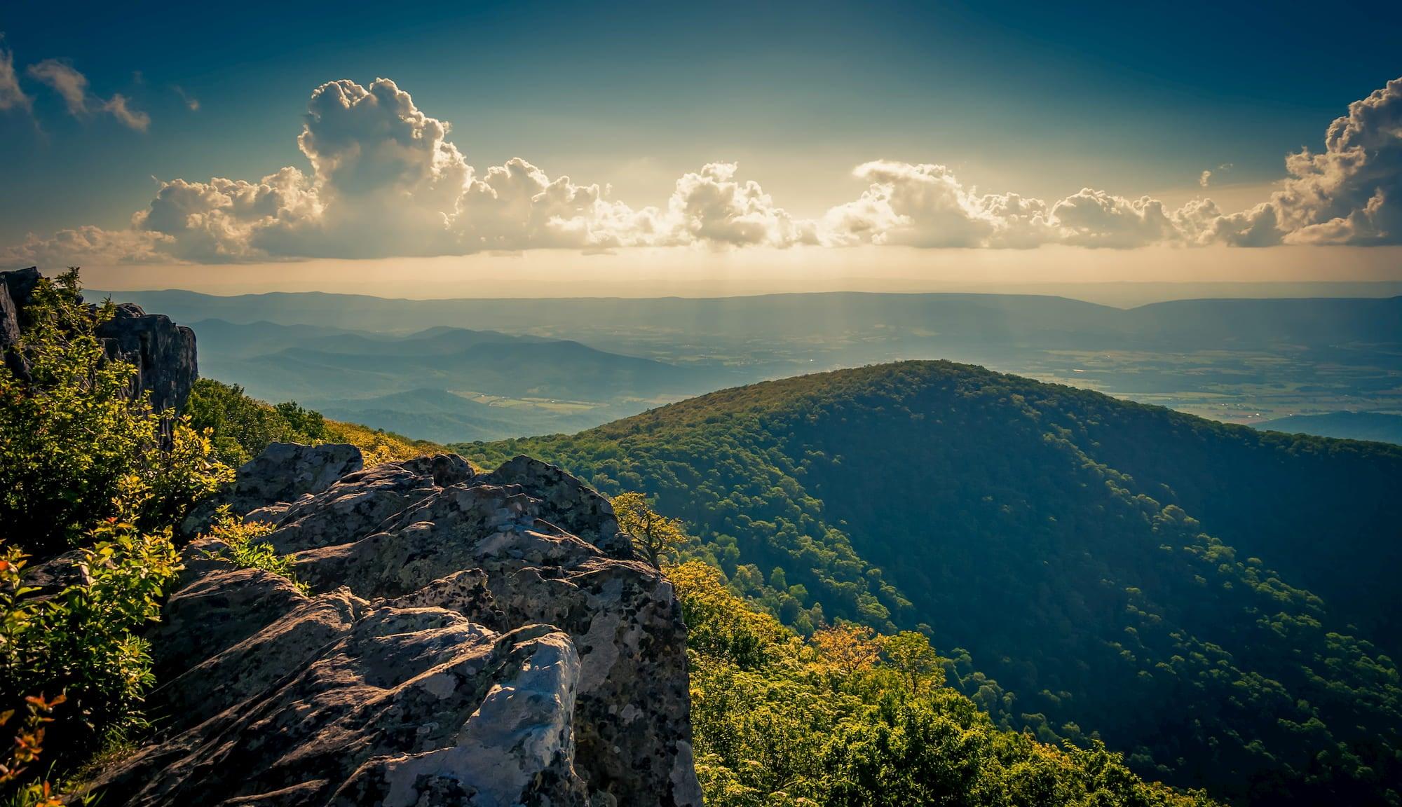 hawksbill summit in Shenandoah national park