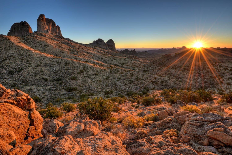 castle peaks at sunrise in mojave national preserve blm camping in california
