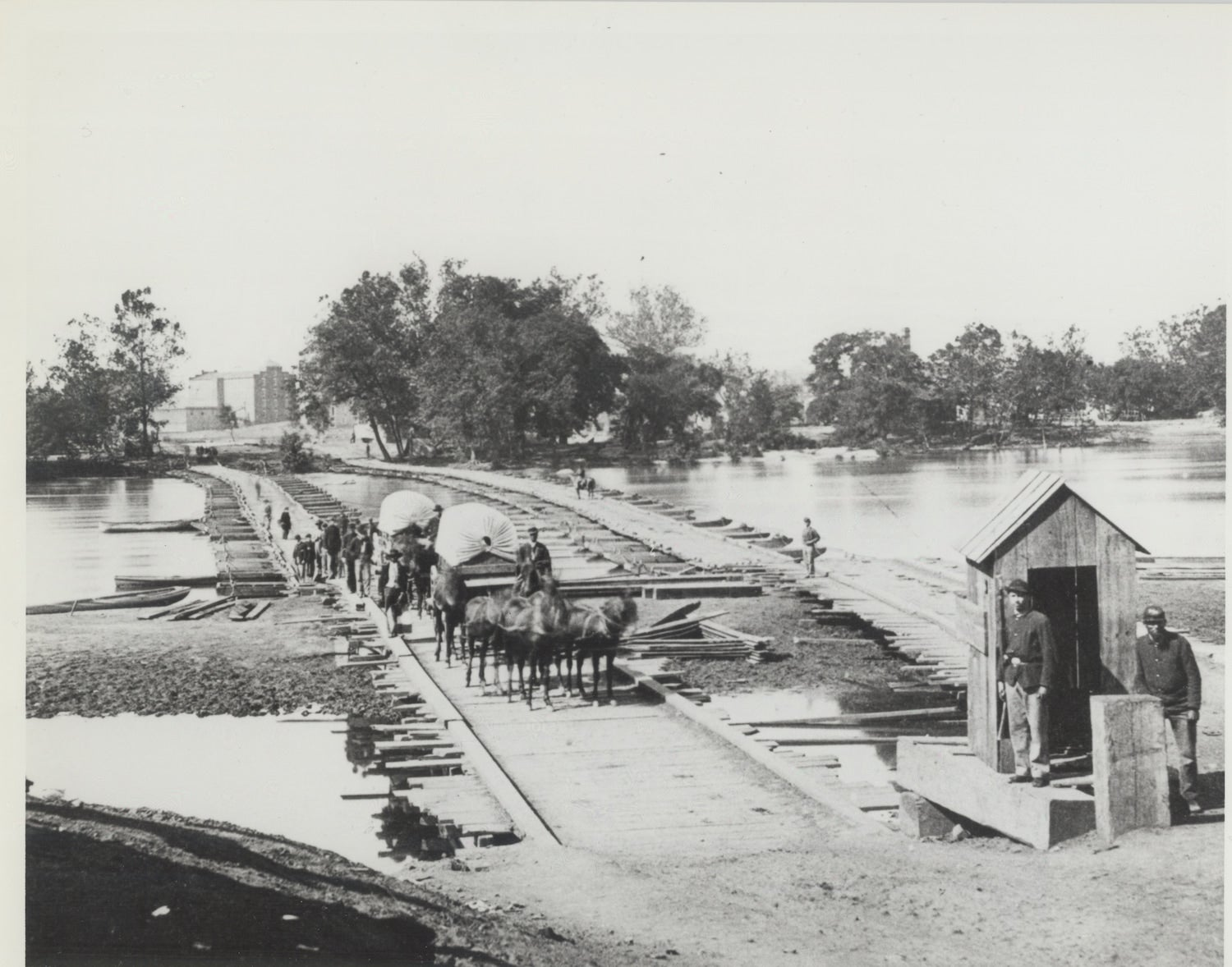 Army Corps of Engineers building a bridge during the civil war